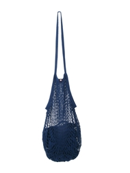 String bag, jeans blue