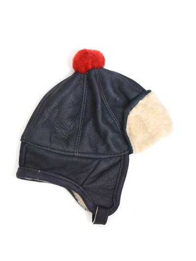 Mössa Fårskinn barn, mörkblå/röd tofs