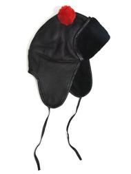 Hat in sheepskin, black/red