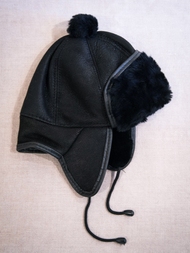 Children's Hat in sheepskin, black/black