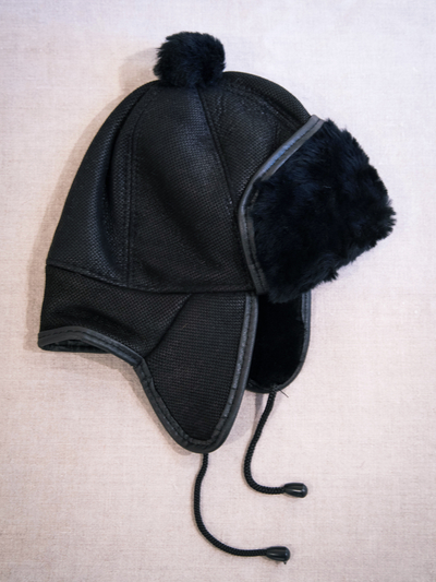 Children's Hat in sheepskin, black/black