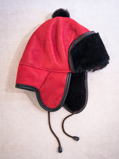 Children's Hat in sheepskin, red
