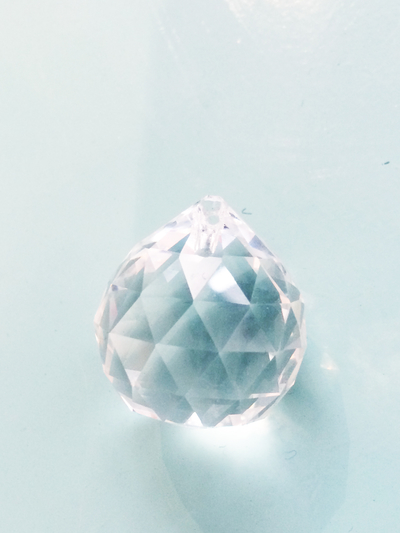 "Prism pendant ""Drop ball"" 3,5 cm"